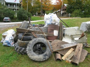White_River_cleanup_So_Ro_092510